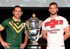 Cameron Smith of Australia and Sean O'Loughlin of England